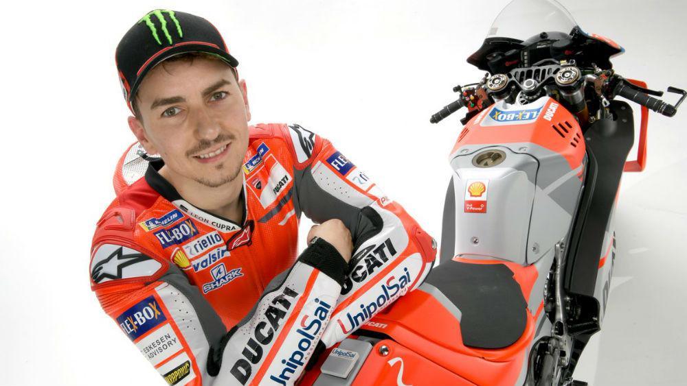 Pebalap Ducati, Jorge Lorenzo, mengaku mengubah gaya balapnya pada MotoGP 2017. (AFP/Jure Makovec)
