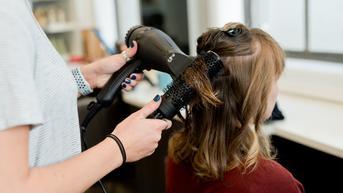 Terlalu Pendek Potong Rambut Klien, Salon Ini Dituntut Denda Rp 3,8 Miliar