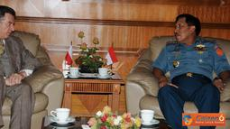 Citizen6, Jakarta Pusat: Dubes Polandia H.E. Mr. Gizegorz Wisniewski dalam kunjungannya bermaksud untuk meningkatkan kerja sama antar Angkatan Bersenjata dalam segala bidang.  (Pengirim: Badarudin Bakri)