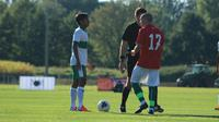 Gelandang Timnas Indonesia U-19, David Maulana, saat menghadapi Bulgaria U-18. (PSSI).