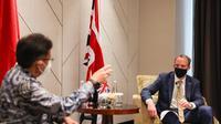 Pertemuan Menlu Inggris Dominic Raab dan Menkes Budi Gunadi Sadikin. Dok: Kedutaan Besar Inggris di Jakarta