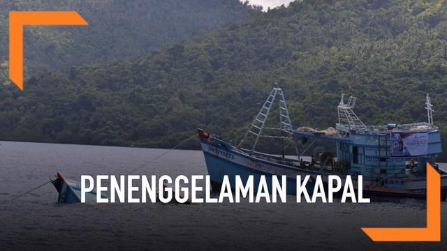 Menteri Kelautan dan Perikanan Susi Pudjiastuti kembali pimpin penenggelaman kapal asing yang tertangkap akibat melakukan illegal fishing di Natuna, Kepulauan Riau. Ada 13 kapal yang dimusnahkan di 3 lokasi berbeda.