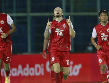 FOTO: Comeback Dramatis, Persija Singkirkan Bhayangkara Solo FC dan Lolos ke Perempatfinal sebagai Juara Grup B - Marc Klok