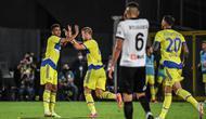 Para pemain Juventus merayakan gol ke gawang Spezia. (ANDREAS SOLARO / AFP)
