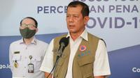 Ketua Gugus Tugas Percepatan Penanganan COVID-19, Doni Monardo saat konferensi pers secara Live di Graha BNPB, Jakarta, Selasa (14/4/2020) menyampaikan laporan kinerja sebulan Gugus Tugas COVID-19. (Dok Badan Nasional Penanggulangan Bencana/BNPB)