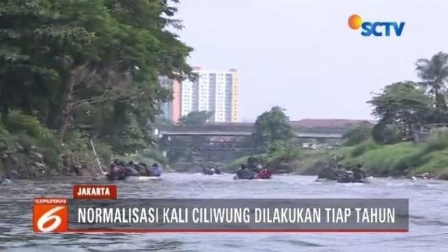 Antisipasi curah hujan tinggi, Pangdam Jaya bersama Kepala Balai Besar Ciliwung Cisadane lakukan evaluasi dengan menyusuri Kali Ciliwung.