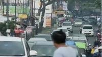 Sempat terjadi kemacetan beberapa jam di kawasan Puncak, Bogor, Jawa Barat. (Liputan 6 SCTV)
