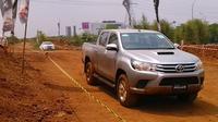 All New Toyota Hilux siap memikat kalangan fleet dengan segudang keunggulan terkini.