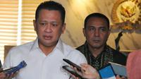 Ketua DPR Bambang Soesatyo mengajak masyarakat menghindari politik uang dan politik transaksional  untuk mewujudkan demokrasi yang beradab, serta berkualitas.