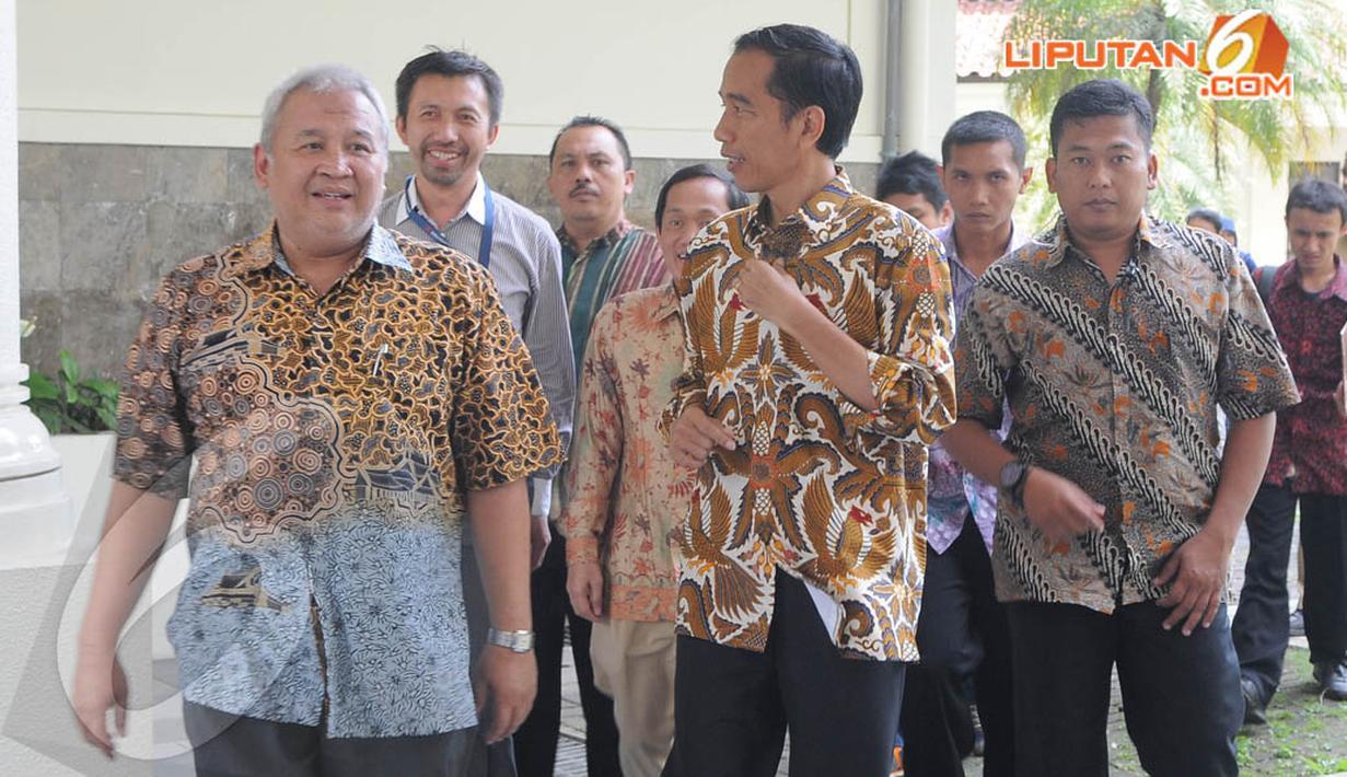 Gubernur DKI Jakarta Joko Widodo menyambangi ke kantor Rektorat ITB, Kamis (17/04/2014) (Liputan6.com/Herman Zakharia).