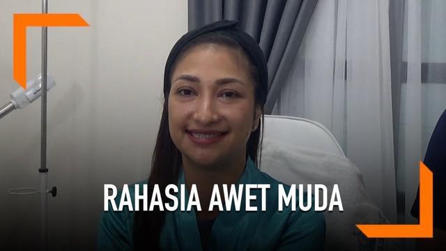 Rahma Azhari melakukan perawatan di Dermaster agar selalu terlihat cantik dan awet muda.