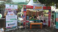 Z-Mart adalah program pemberdayaan ekonomi dalam bentuk warung atau toko yang dimiliki oleh mustahiq dengan tujuan mengatasi kemiskinan di Kota Tangerang.