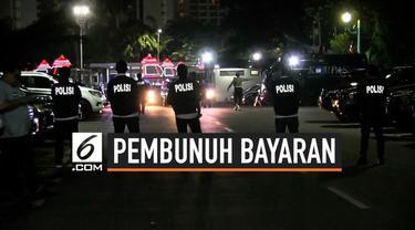 2 pembunuh bayaran ditangkap polisi, keduanya dibawa ke Mapolda Metro Jaya. Diduga keduanya terlibat pembunuhan ayah dan anak yang mayatnya di bakar di dalam mobil. Keduanya disewa sang istri dengan imbalan Rp 500 kuta. Motif pembunuhan adalah masala...