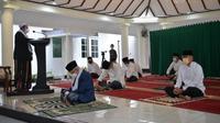 Wakil Presiden Ma'ruf Amin gelar Salat Idul Adha di rumah kediamannya. (Foto: biro pers Kantor Sekretariat Wakil Presiden).