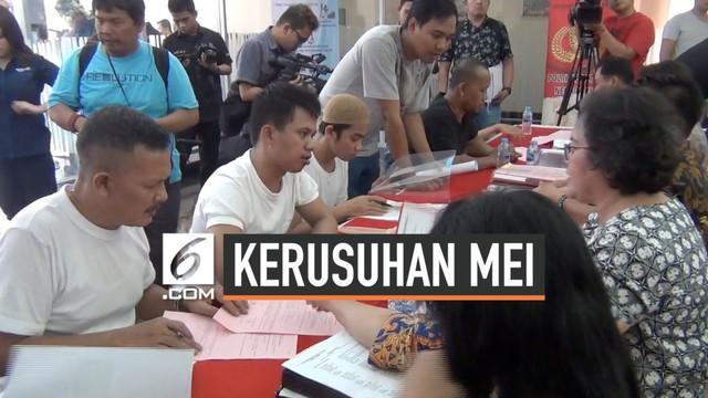 Polisi melimpahkan berkas, barang bukti dan ratusan tersangka kerusuhan 21-22 Mei kepada Kejaksaan. Penyerahan berkas dilakukan di Polda Metro Jaya. Kasus kerusuhan ini dalam waktu dekat segera disidangkan