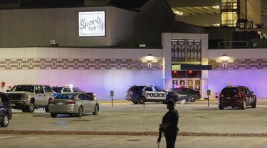 Kasus penembakan di kasino Wisconsin, Amerika Serikat, Minggu (2/5/2021).