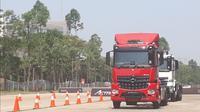 PT Daimler Commercial Vehicle Indonesia meluncurkan new Mercedes-Benz Actros dan Arocs. (Dian/Liputan6.com)