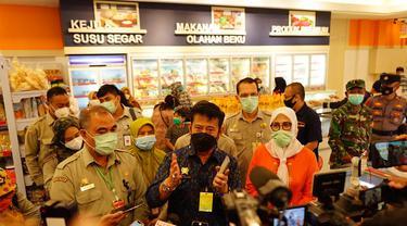 Menteri Pertanian Syahrul Yasin Limpo saat meninjau Toko Daging Nusantara GDC, Depok.