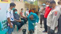 Polres Bojonegoro menyediakan peminjaman tabung oksigen. (Dian Kurniawan/Liputan6.com)