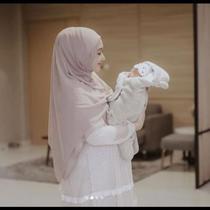 Dian Pelangi Bikin Bedong Bayi Beragam Tema, dari Italia sampai Batik. (dok.Instagram @dianpelangi/https://www.instagram.com/p/CE1ax3HlorI/Henry)