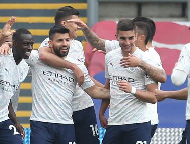 FOTO: Menang 2-0 atas Crystal Palace, Manchester City Butuh 2 Poin Lagi untuk Pastikan Gelar Juara Liga Inggris - Sergio Aguero; Tim Manchester City