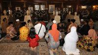 Calon kepala daerah ziarah ke makam Soeharto
