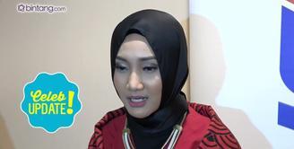 Sudah berusia 20 tahun, Fatin Shidqia sedikit berubah dalam urusan penampilan. Ia terlihat lebih dewasa dan fashionable dari sebelumnya.
