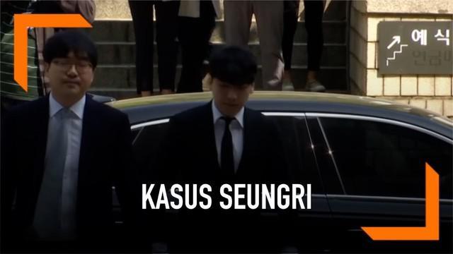 Eks personel BIGBANG, Seungri mendatangi pengadilan Seoul untuk mengetahui nasib dirinya dengan mendengarkan surat penahanan.
