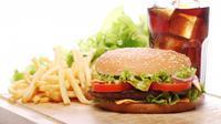 Ilustrasi Makanan Junk Food Credit: pexels.com/pixabay