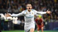 Pemain Real Madrid, Gareth Bale terkenal sebagai salah satu winger kiri paling berbahaya di dunia. Tak disangka, awalnya ia merupakan pemain bek kiri ketika membela Tottenham Hotspur. Ia berganti posisi ketika Final Liga Champions 2010 kala Spurs melawan Inter Milan. (Foto: AFP/Franck Fife)