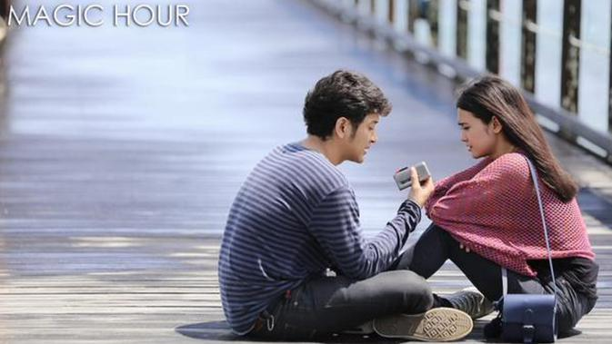 Live Streaming Sctv Film Layar Lebar Indonesia Magic Hour Dibintangi Michelle Ziudith Tayang Minggu 31 Januari 2021 Pukul 14 30 Wib Showbiz Liputan6 Com