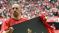 Franck Ribery berhasil meraih sembilan trofi juara Bundesliga Jerman bersama Bayern Munchen. (AFP/Christof Stache)