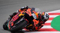 Pembalap KTM, Miguel Oliveira. (LLUIS GENE / AFP)