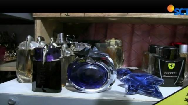 Usaha pembuatan parfum palsu ini memiliki omzet Rp 36 miliar dan telah berlangsung 3 tahun.