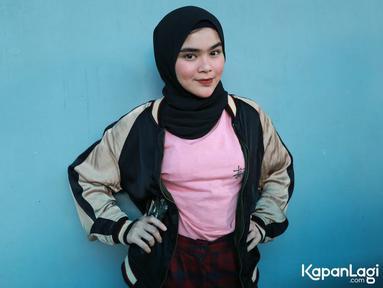 Sivia Azizah memutuskan untuk mengenakan hijab sudah semenjak tahun 2017 lalu. Keputusannya untuk berhijab berdasarkan atas kesadarannya sendiri sebagai Muslimah. (Kapanlagi.com/ Agus Priyanto)