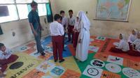 Mahasiswa IPB menciptakan permainan E-Halo, yang terinsipirasi dari difteri. (Aldilah Yafitz)
