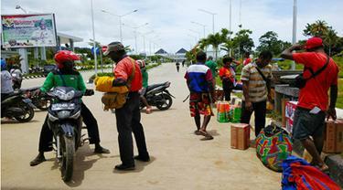 Pengojek di perbatasan RI-PNG, di Skouw.
