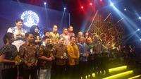 Universitas Indonesia (UI) untuk kali pertama menggelar acara penghargaan pada mitra dan alumni dengan tajuk UI Award Night (UIAN) 2019.
