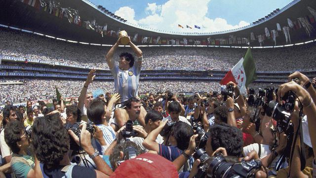 FOTO: Potret Heroik Diego Maradona saat Membawa Argentina Menjadi Juara Piala Dunia