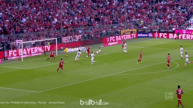Berita video aksi gol Joshua Kimmich bek kanan Bayern Munich dengan gol jeniusnya di Bundesliga. This video presented by Ballball.