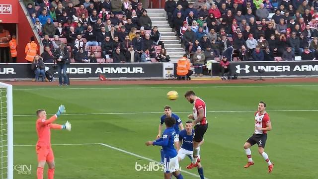 Everton menuai hasil buruk saat bertamu ke markasn Southampton, mereka kalah dengan skor 1-4. This video is presented by Ballball.