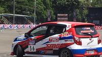 Salah satu peserta dari Toyota Team Indonesia saat menjalani heat di siang hari (istimewa)