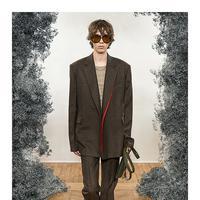 Seperti apa koleksi busana pria, ready to wear Fall Winter 2020-2021 dari Givenchy? Simak ulasannya di sini. (Foto: dok Givenchy)