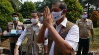 Di ruang kerja relawan Hotel Media, Jakarta, Jumat (7/8/2020), Ketua Satgas Penanganan COVID-19 Doni Monardo berpesan seluruh relawan untuk menjaga kesehatan. (Dok Tim Komunikasi Publik Satgas Penanganan COVID-19)