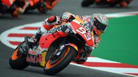 Marc Marquez saat tampill di sesi latihan Jumat di MotoGP Barcelona (Lluis Gene/AFP)