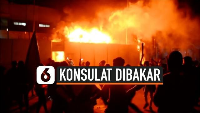 Demonstrasi terjadi di Irak di depan kantor konsulat Iran. Demonstran membakar kantor konsulat hingga menyebabkan 1 orang tewas dan puluhan terluka.