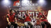 Direktur Roro Jonggrang, Joko Pramuji, memberi keterangan saat jumpa pers di Senayan, Sabtu (11/8/2018). Super Soccer Futsal Battle 2018 akan digelar mulai tanggal 18 Agustus 2018. (Bola.com/M Iqbal Ichsan)