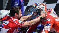 CEO Ducati Motor Holding, Claudio Domenicali, menilai kemenangan Andrea Dovizioso di Sirkuit Mugello tak hanya membanggakan timnya, melainkan seluruh masyarakat Italia. (EPA/Luca Zennaro)