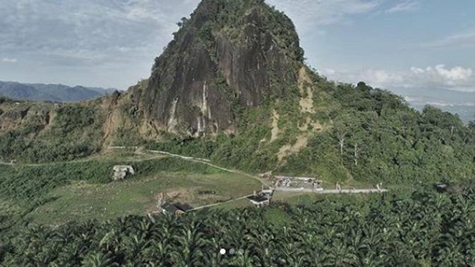 Pemandangan Bukit Kandis (dok Instagram @geowisatalk/https://www.instagram.com/p/B07e2fRJZGU/Ossid Duha Jussas Salma)