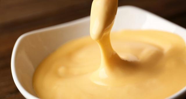 Saus telur asin yang creamy./Copyright fwd.com.ph